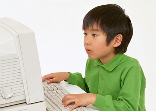 寒假孩子上网太久会诱发小儿癫痫吗